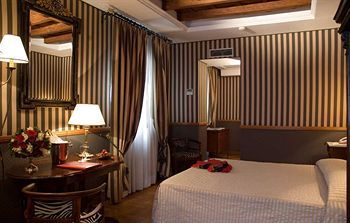 Inn At The Spanish Steps, Rome, Italy, picture 29