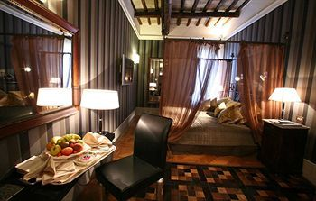 Inn At The Spanish Steps, Rome, Italy, picture 37