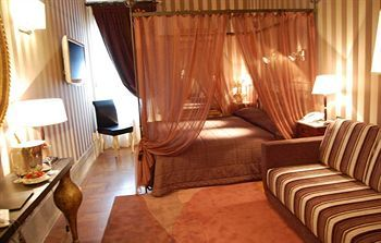 Inn At The Spanish Steps, Rome, Italy, picture 38